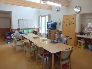 (1) 食堂ホール